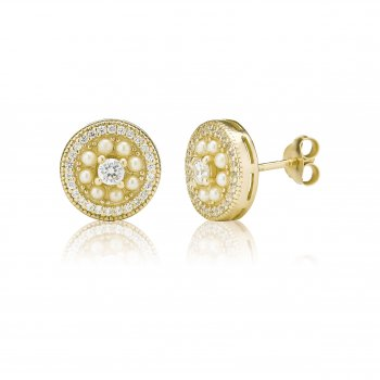 Ingenious Gold studs with pearl surround