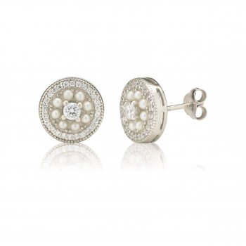 Ingenious Silver studs with pearl surround