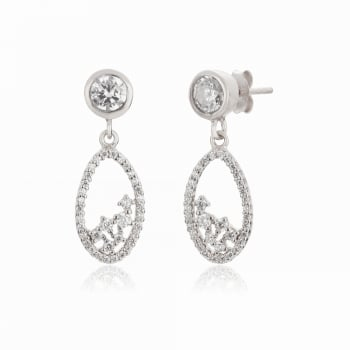 Ingenious Silver earring with oval drop