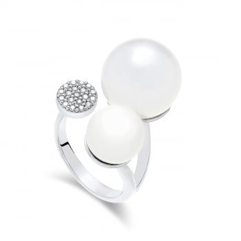 Ingenious Silver shell pearl adjustable ring with pave circle