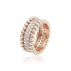 Rose gold ring with pave surround